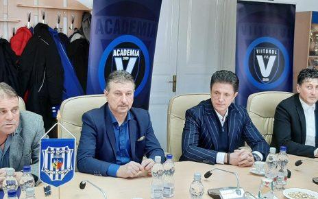 Parteneriat între CS Hunedoara , Academia de Fotbal Gheorghe Hagi și Viitorul Coonstanța 2