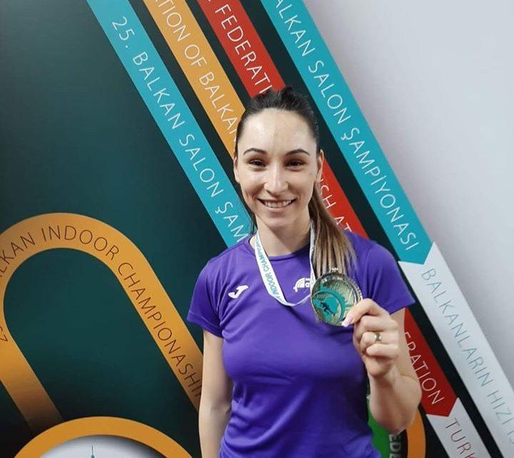 Florentina Marincu-Iușco medaliată cu aur la Campionatele balcanice 8
