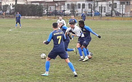 CS Hunedoara câștigă amicalul cu CSC Ghiroda 3